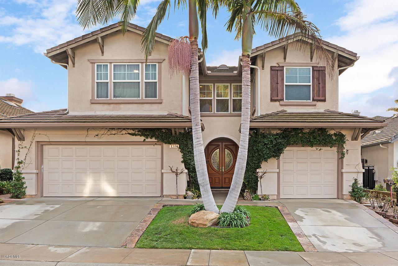 1351 DEL VERDE, Thousand Oaks, CA 91320 - 1351 Del Verde Ct Thousand-large-001-17-