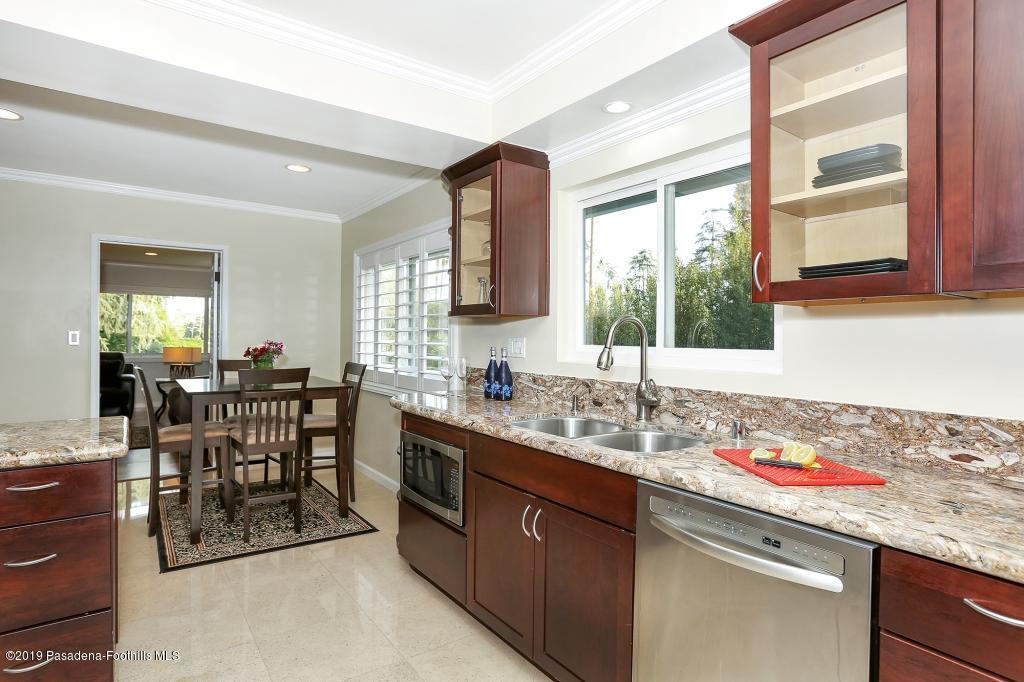2357 SANTA ROSA, Altadena, CA 91001 - kitchen1