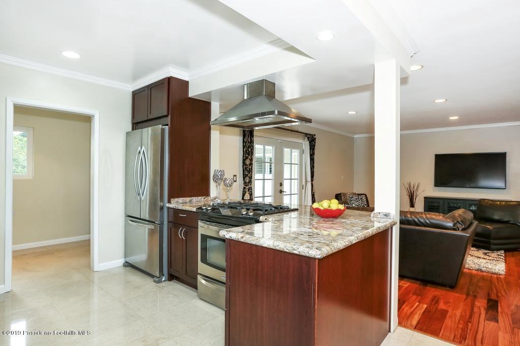 2357 SANTA ROSA, Altadena, CA 91001 - kitchen4
