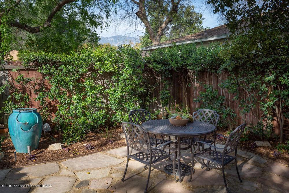 1462 MENTONE, Pasadena, CA 91103 - 1462 Mentone Ave-1-3