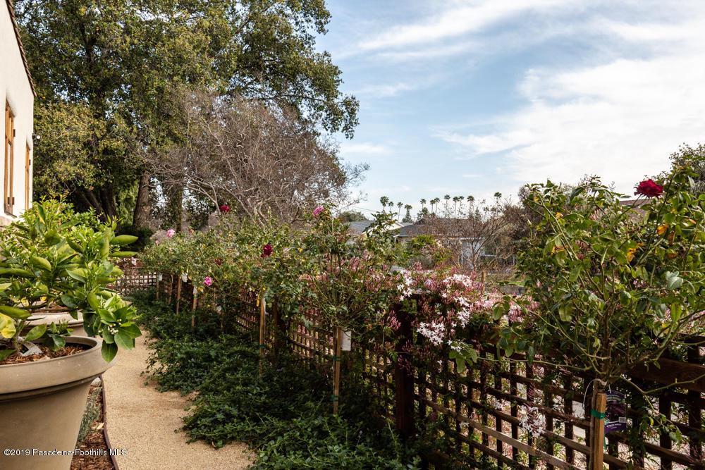 1462 MENTONE, Pasadena, CA 91103 - 1462 Mentone Ave-21
