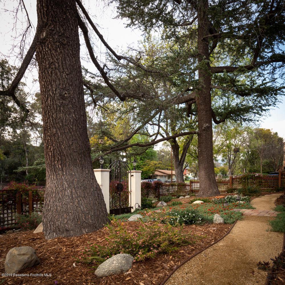 1462 MENTONE, Pasadena, CA 91103 - 1462 Mentone Ave-6
