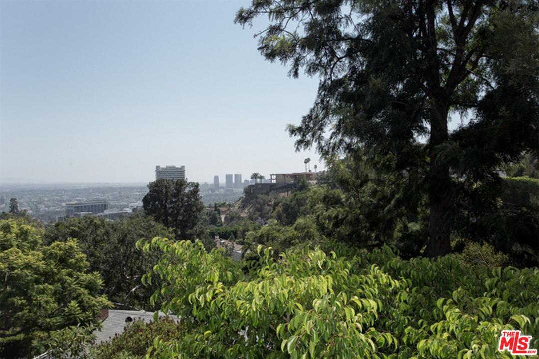 9291 FLICKER, Los Angeles (City), CA 90069