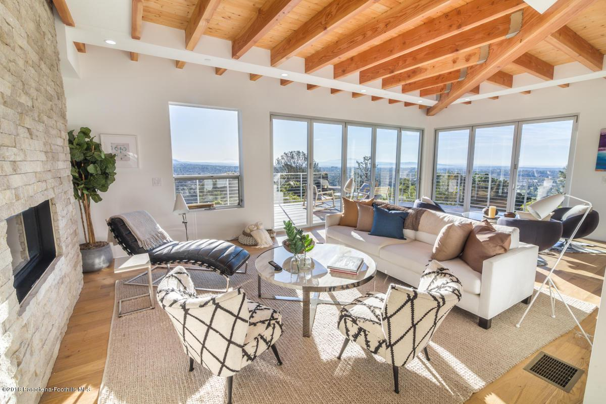 1509 INVERNESS, Pasadena, CA 91103 - Living Room_1509 Inverness Drive_Jason M