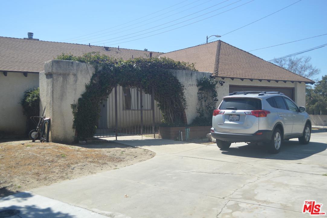 20054 SEPTO, Chatsworth, CA 91311