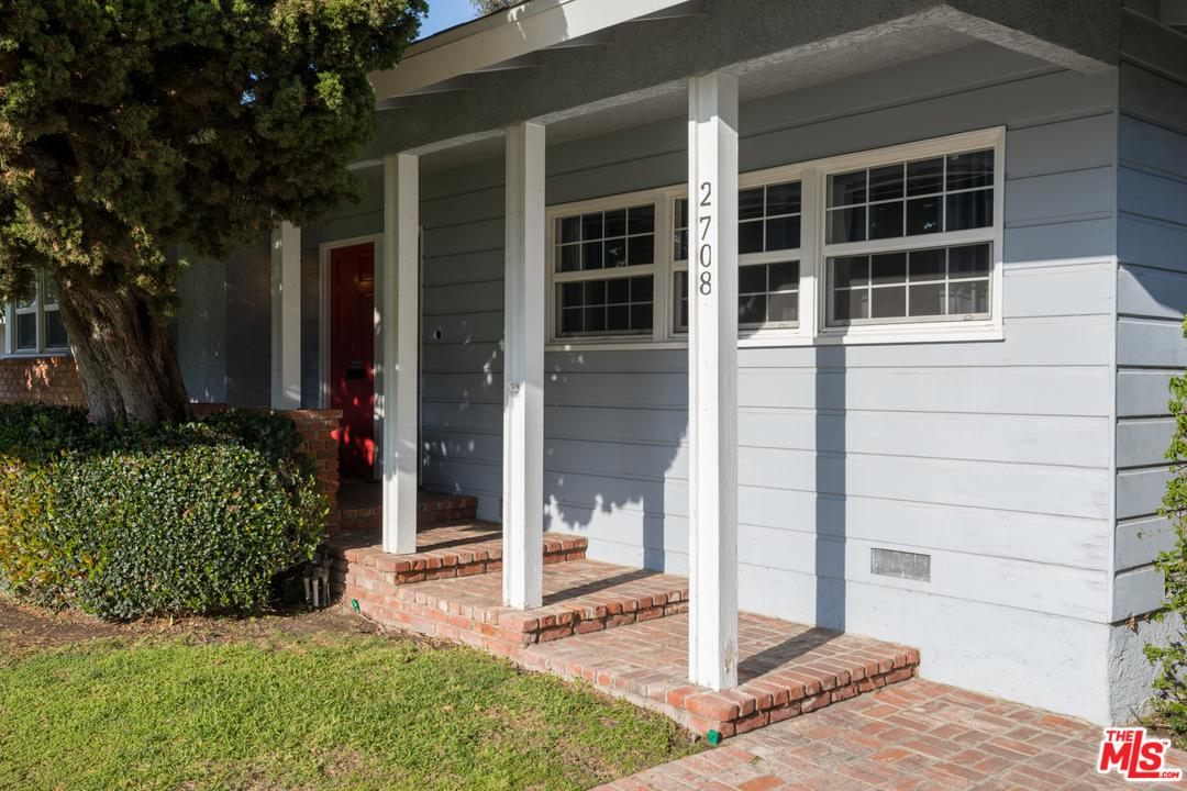 2708 OSTROM, Long Beach, CA 90815