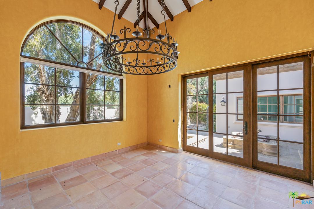 32 CLANCY LANE, Rancho Mirage, CA 92270