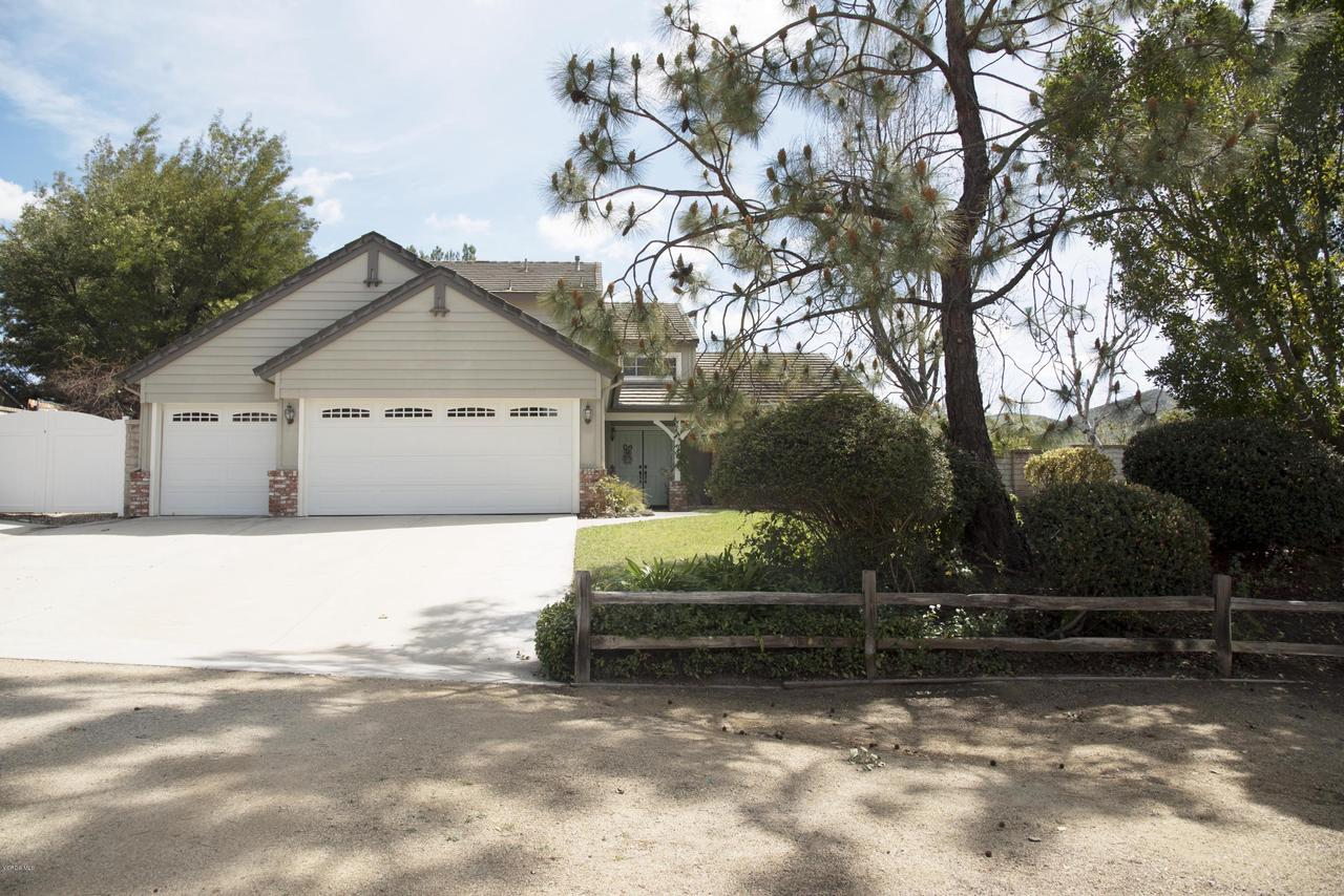 330 CHEERFUL, Simi Valley, CA 93065 - FY1