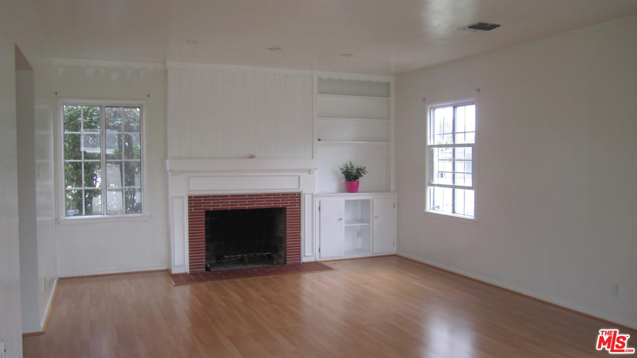 5509 WOODMAN, Sherman Oaks, CA 91401