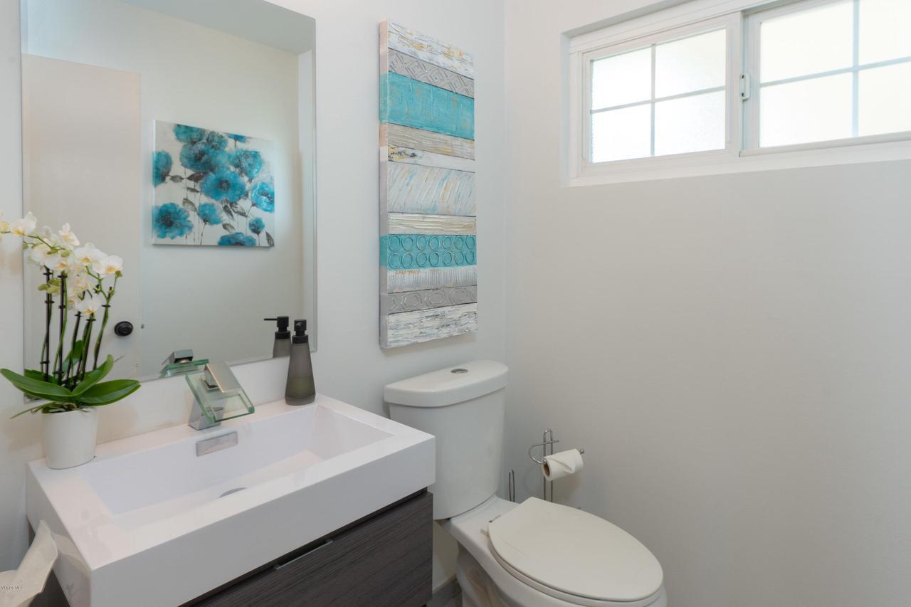 6231 PAT, West Hills, CA 91307 - Guest Half Bath