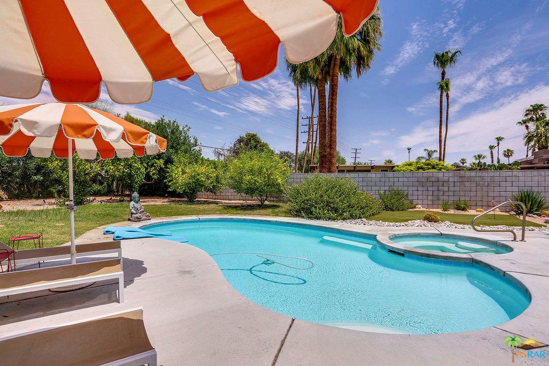 2702 PLAIMOR, Palm Springs, CA 92262