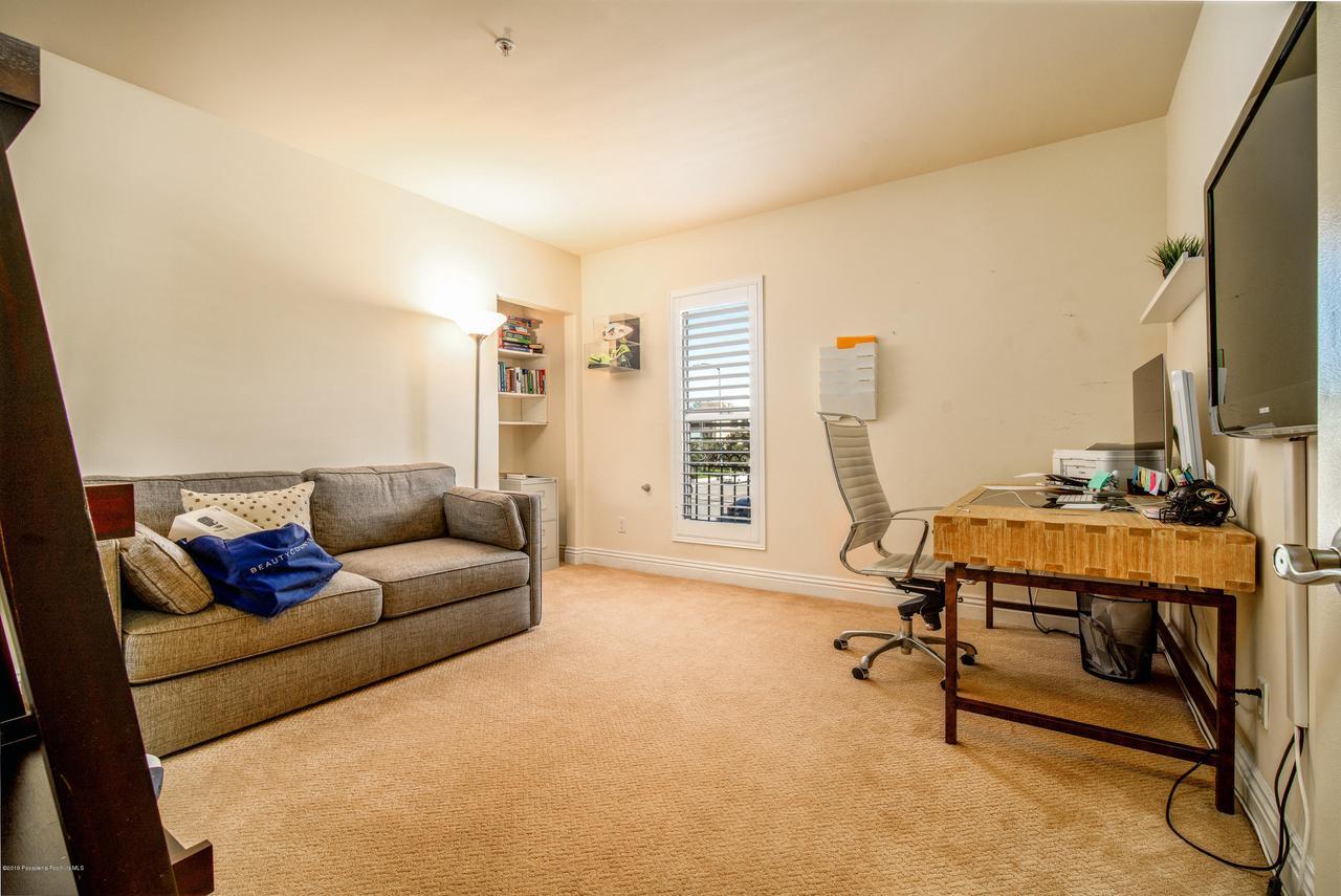 11540 MOORPARK, Studio City, CA 91602 - MLS-11540 Moorpark St #101 Studio City-1