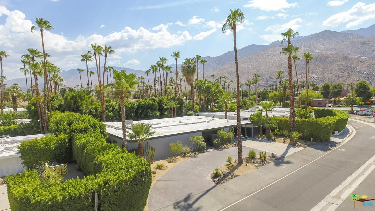 1127 MESQUITE, Palm Springs, CA 92264