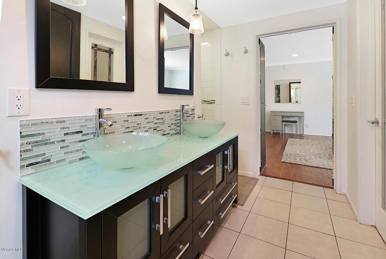 5161 WOODLEY, Encino, CA 91436 - lMaster Suite5