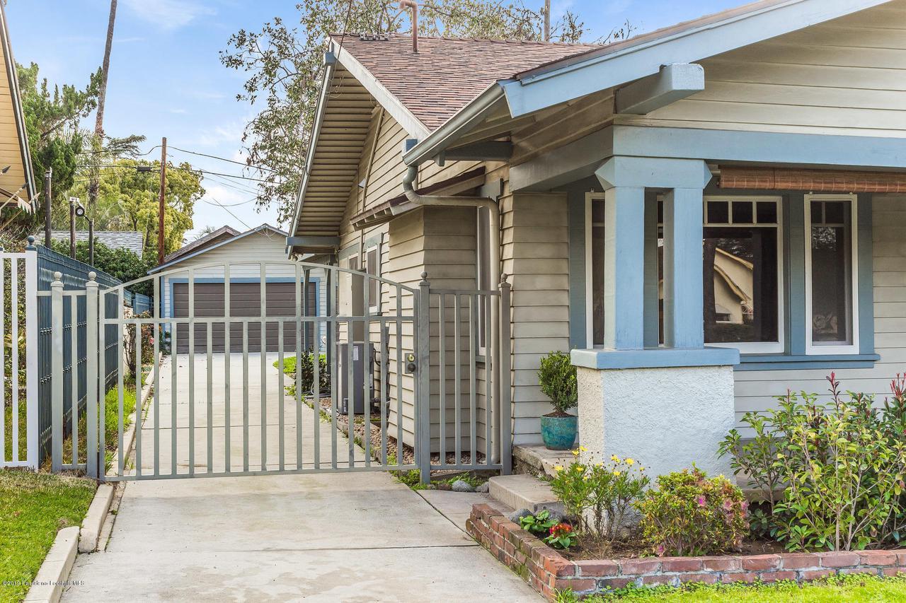 1014 PALM, Pasadena, CA 91104 - w.19-0301.driveway