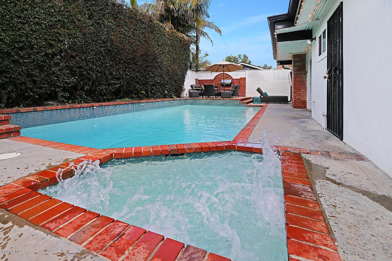 5161 WOODLEY, Encino, CA 91436 - mBackyard and Pool1