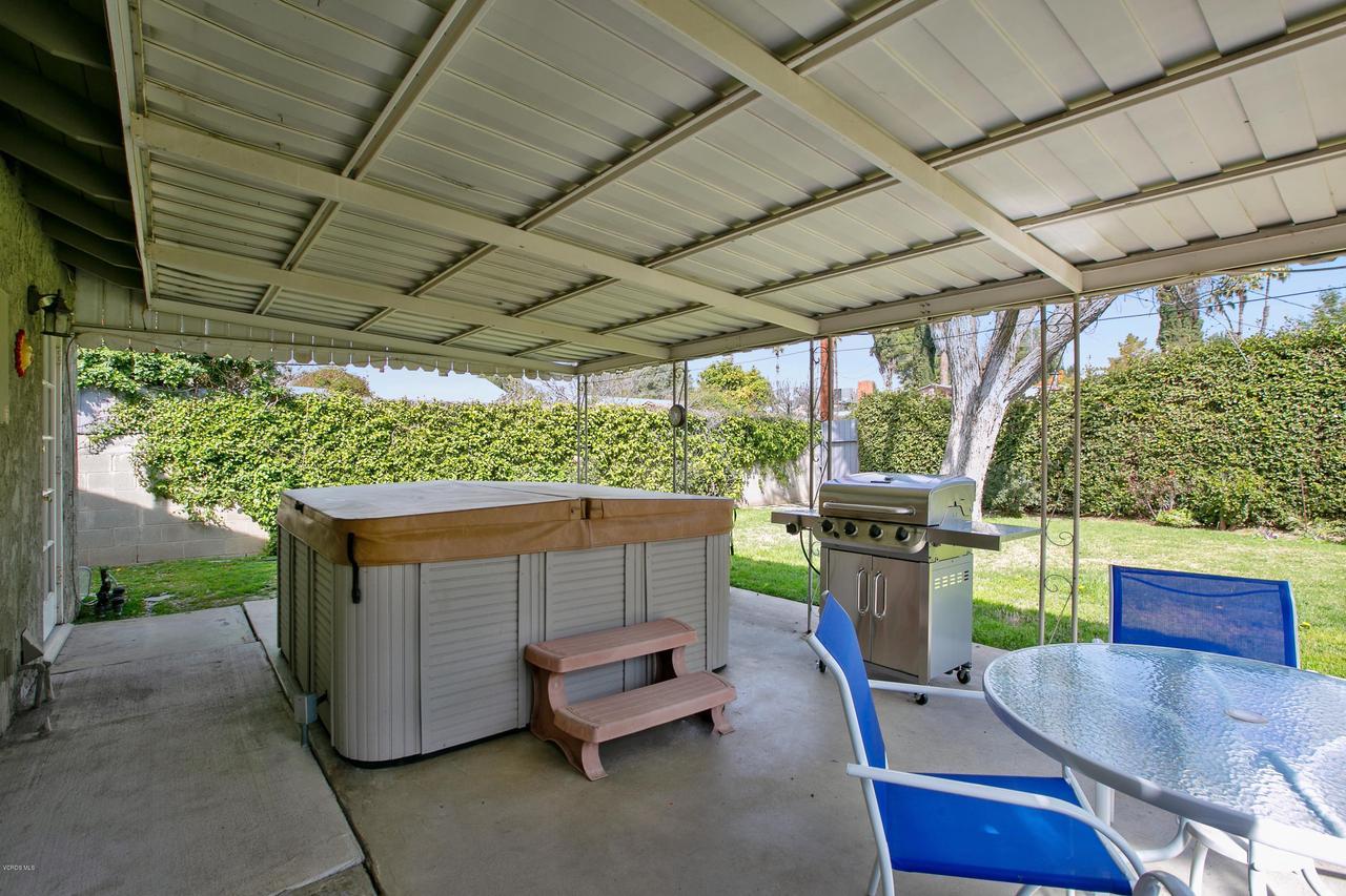 22915 BURTON, West Hills, CA 91304 - from garage