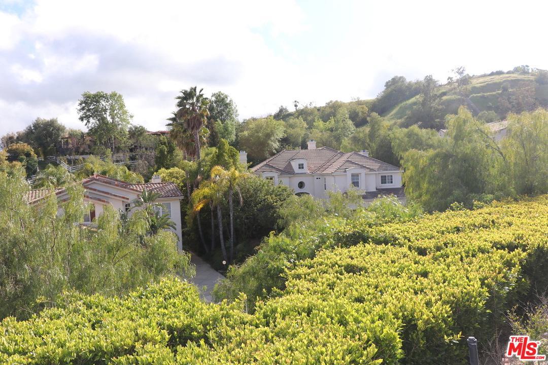 5900 VISTA DE LA LUZ, Woodland Hills, CA 91367