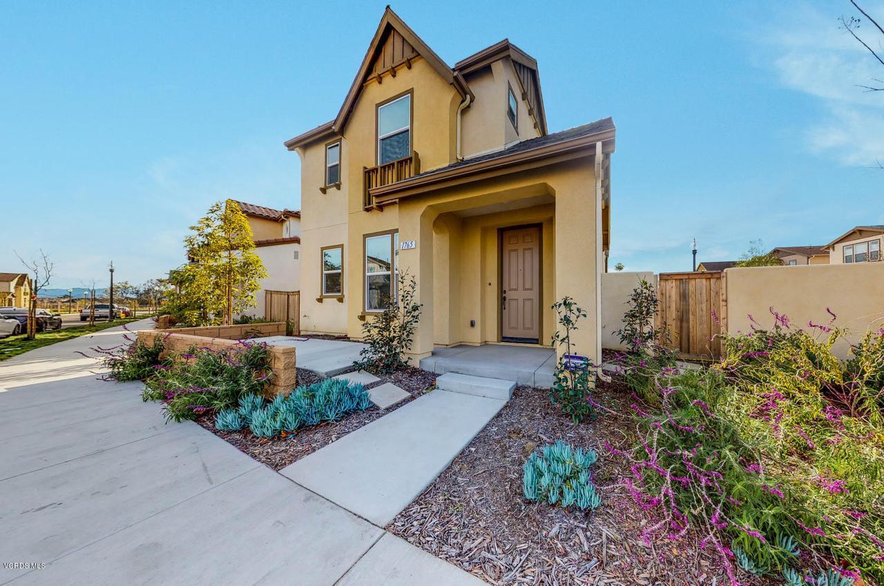 1765 DAFFODIL, Ventura, CA 93004 - Front View