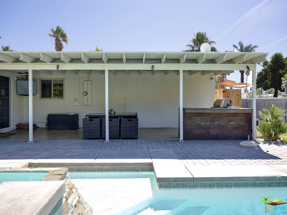 3081 CYPRESS, Palm Springs, CA 92262