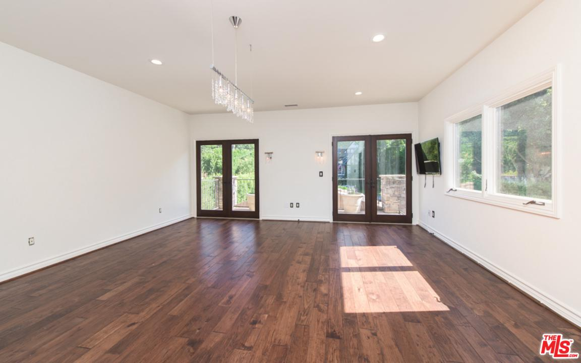 14717 SUTTON, Sherman Oaks, CA 91403