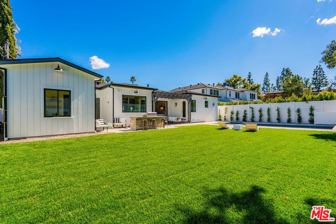 4433 BECK, Studio City, CA 91604
