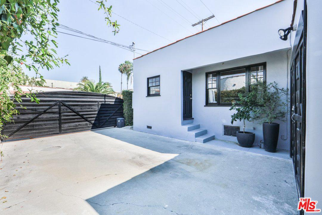 759 JUNE, Los Angeles (City), CA 90038