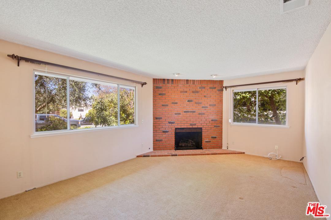 5086 BERRYHILL, Riverside (City), CA 92507