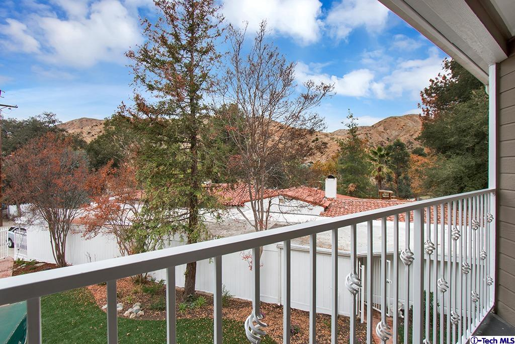 8602 LA TUNA CANYON, Sun Valley, CA 91352 - View from the Romeo and Juliet Balcony off of the