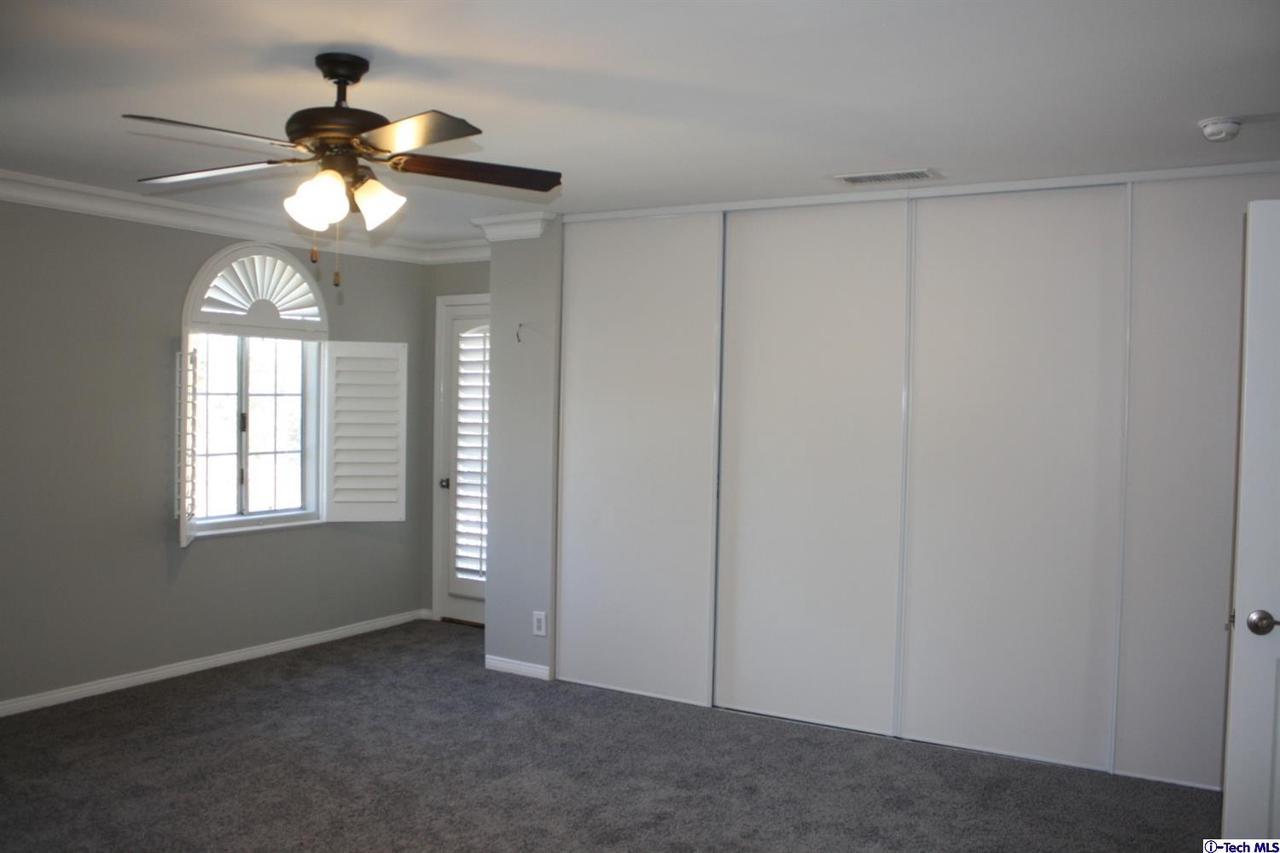 8602 LA TUNA CANYON, Sun Valley, CA 91352 - Abuundant Closet space in the Master suite