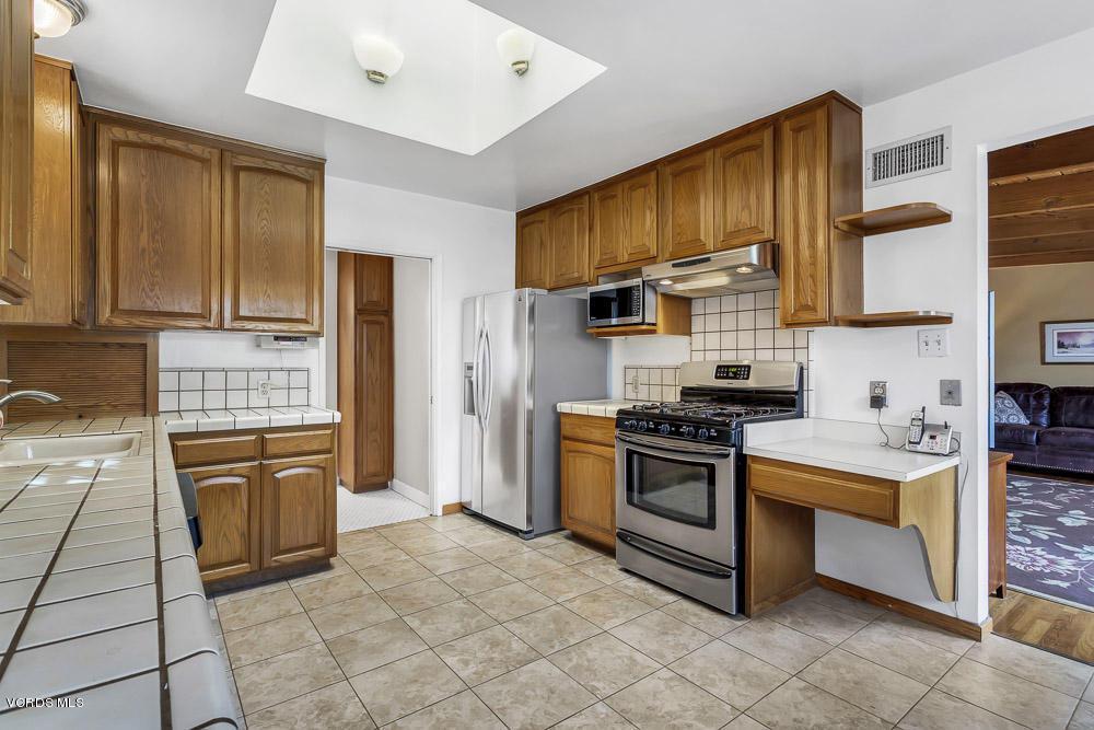 18607 WILLARD, Reseda, CA 91335 - Willard_Low-9