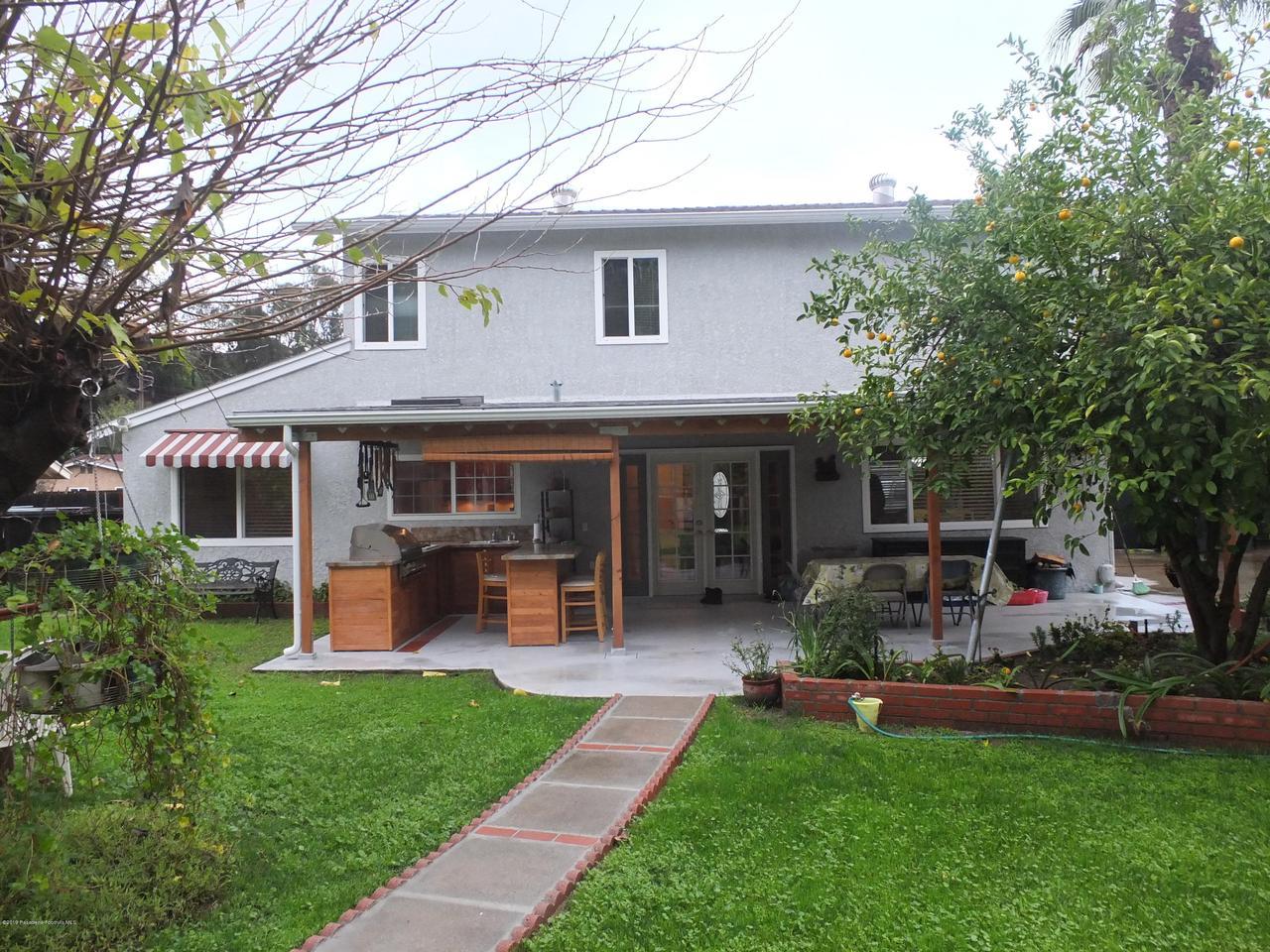 1729 OAKGREEN, West Covina, CA 91792 - backyard for entertaining