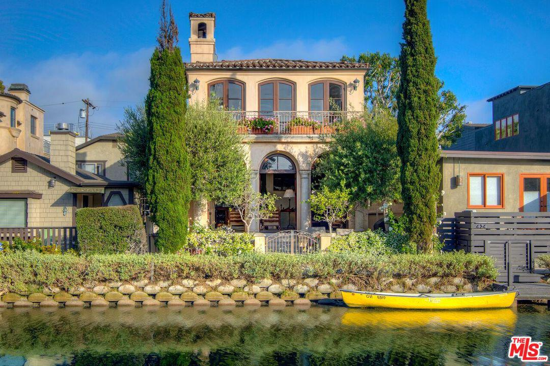 Photo of 438 HOWLAND CANAL, Venice, CA 90291