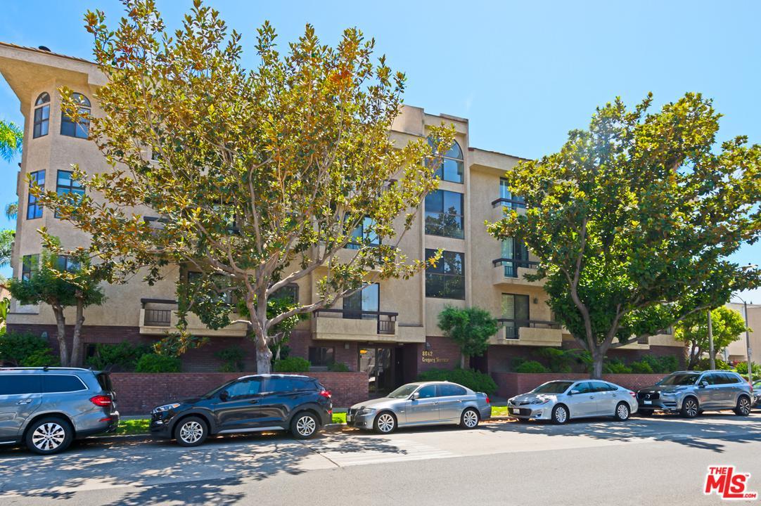 8642 GREGORY, Los Angeles (City), CA 90035