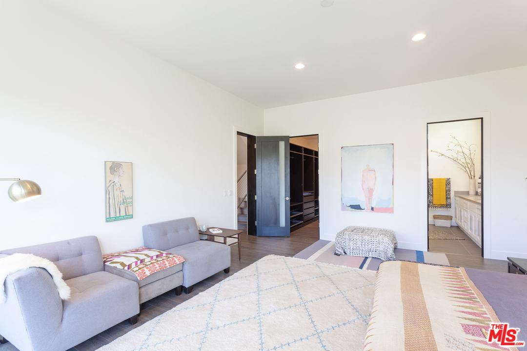 1437 AVENUE 57, Los Angeles (City), CA 90042