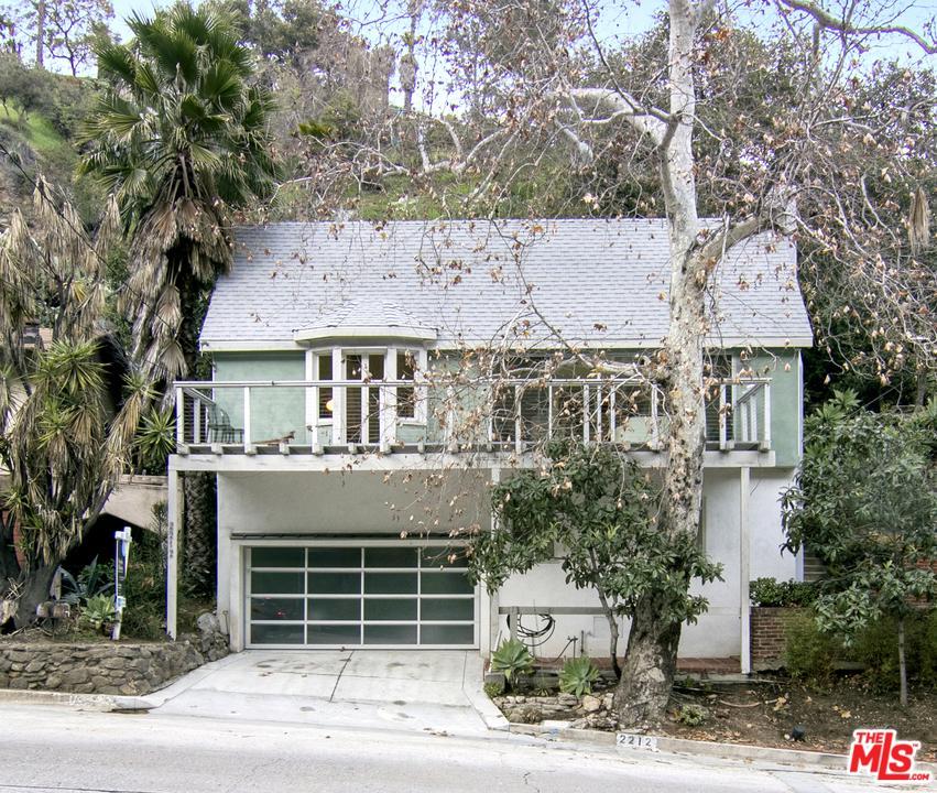 2212 LAUREL CANYON, Los Angeles (City), CA 90046