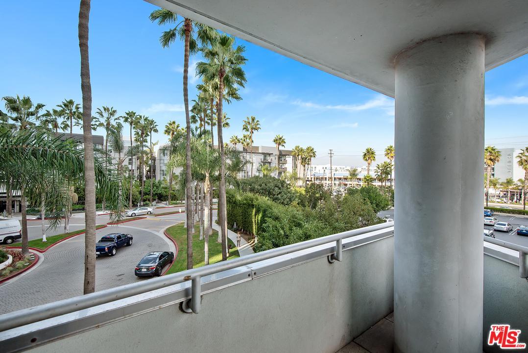 13600 MARINA POINTE DRIVE, Marina Del Rey, CA 90292