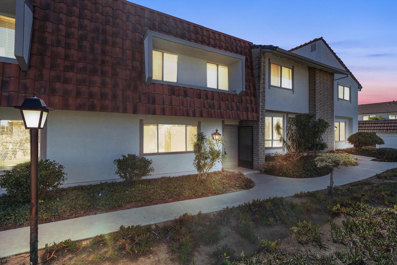 256 GREEN MOOR, Thousand Oaks, CA 91361 - 1 (37)