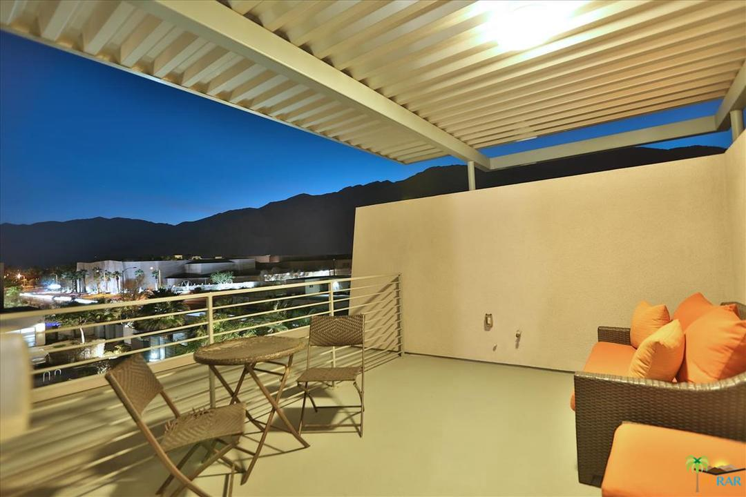 1008 AMORE, Palm Springs, CA 92262