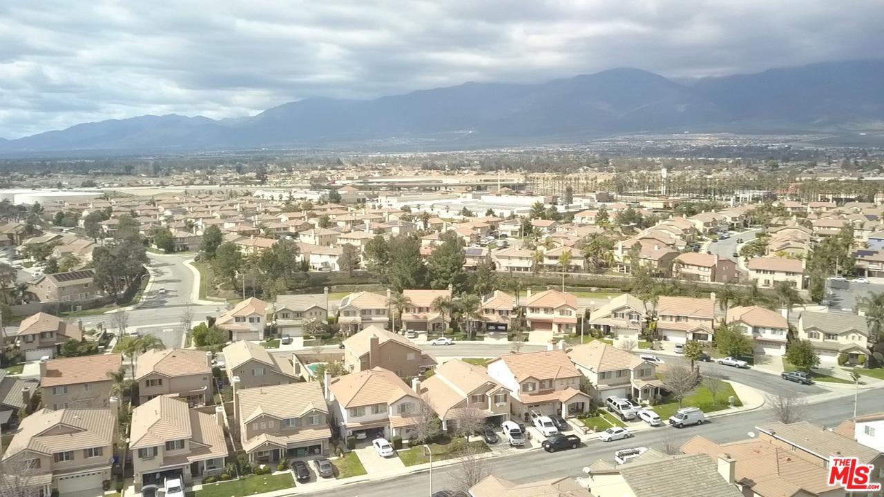 7543 LIBERTY, Fontana, CA 92336