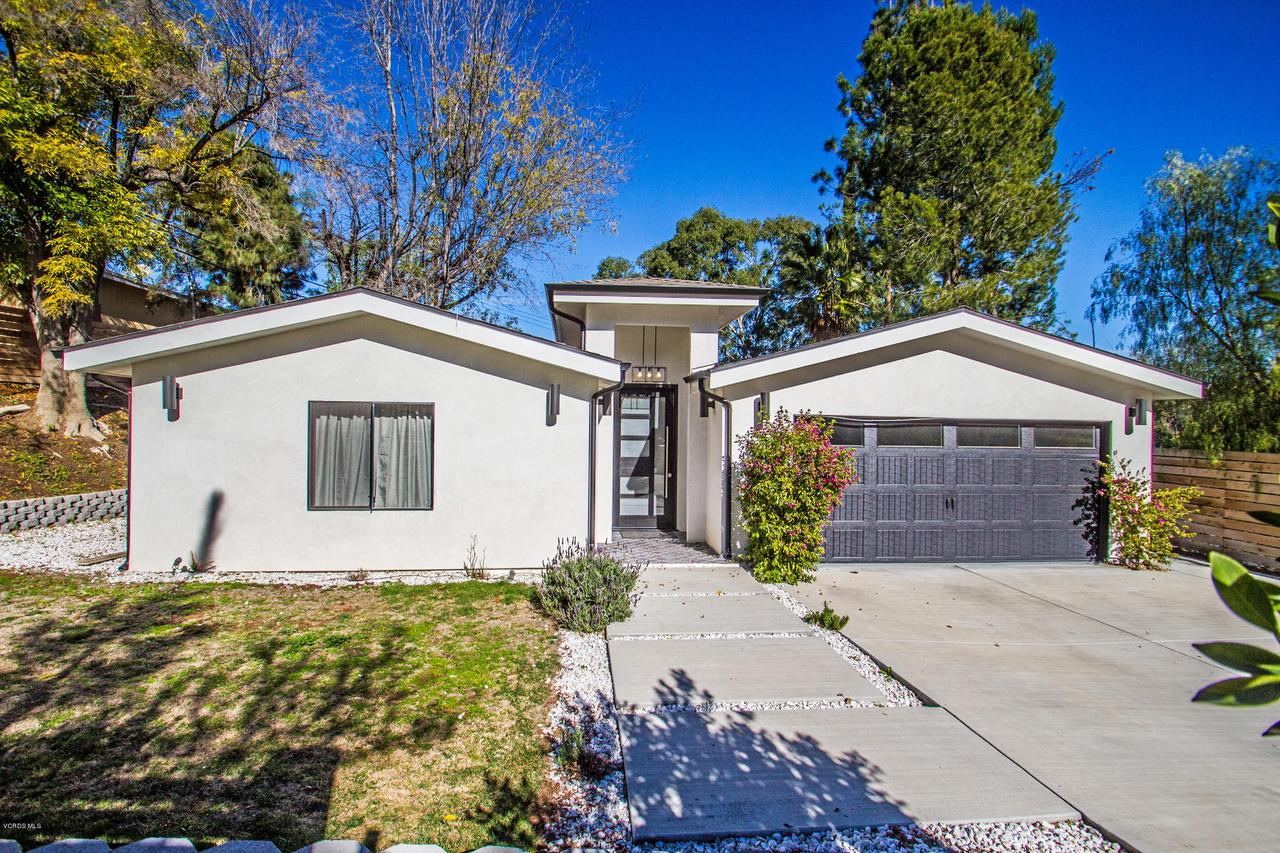 4841 BRUGES, Woodland Hills, CA 91364 - Live in Luxury
