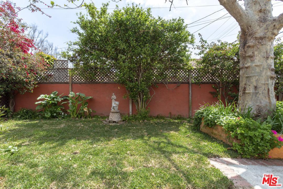 3936 GLENFELIZ, Los Angeles (City), CA 90039
