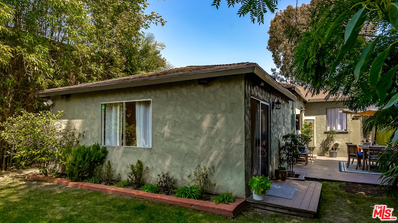 3917 BEETHOVEN, Los Angeles (City), CA 90066