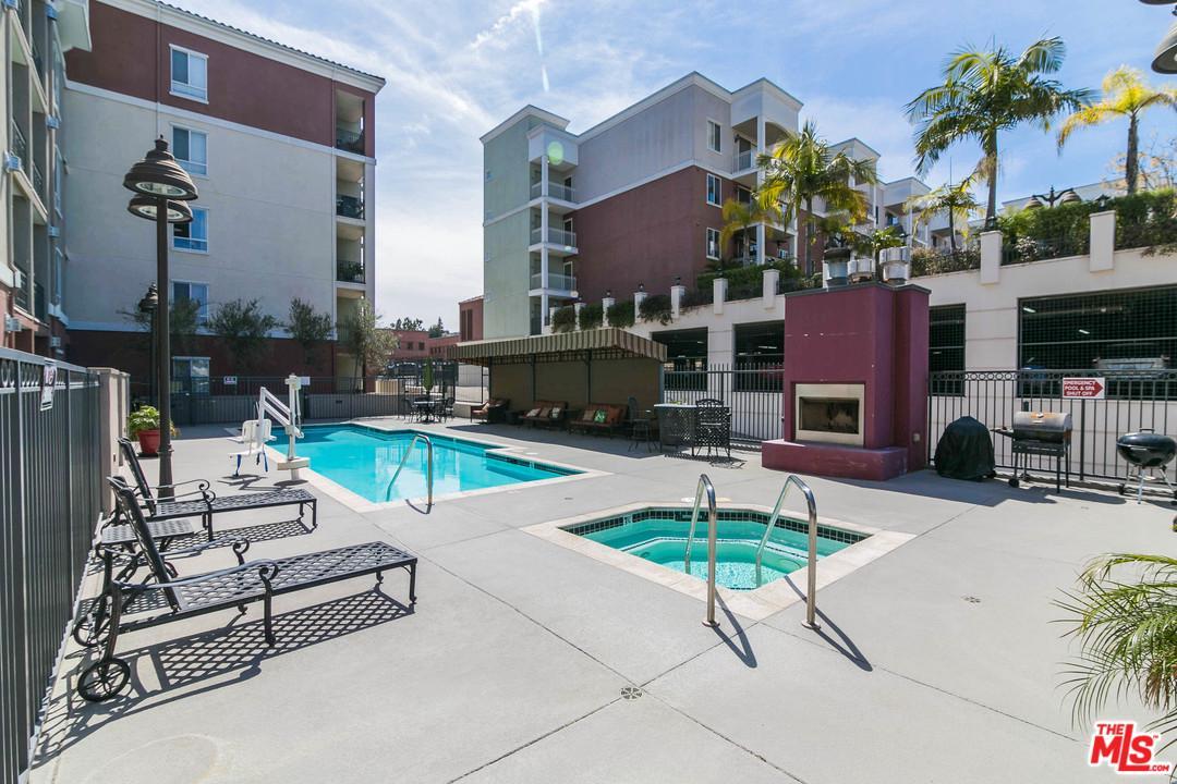 3750 SANTA ROSALIA, Los Angeles (City), CA 90008