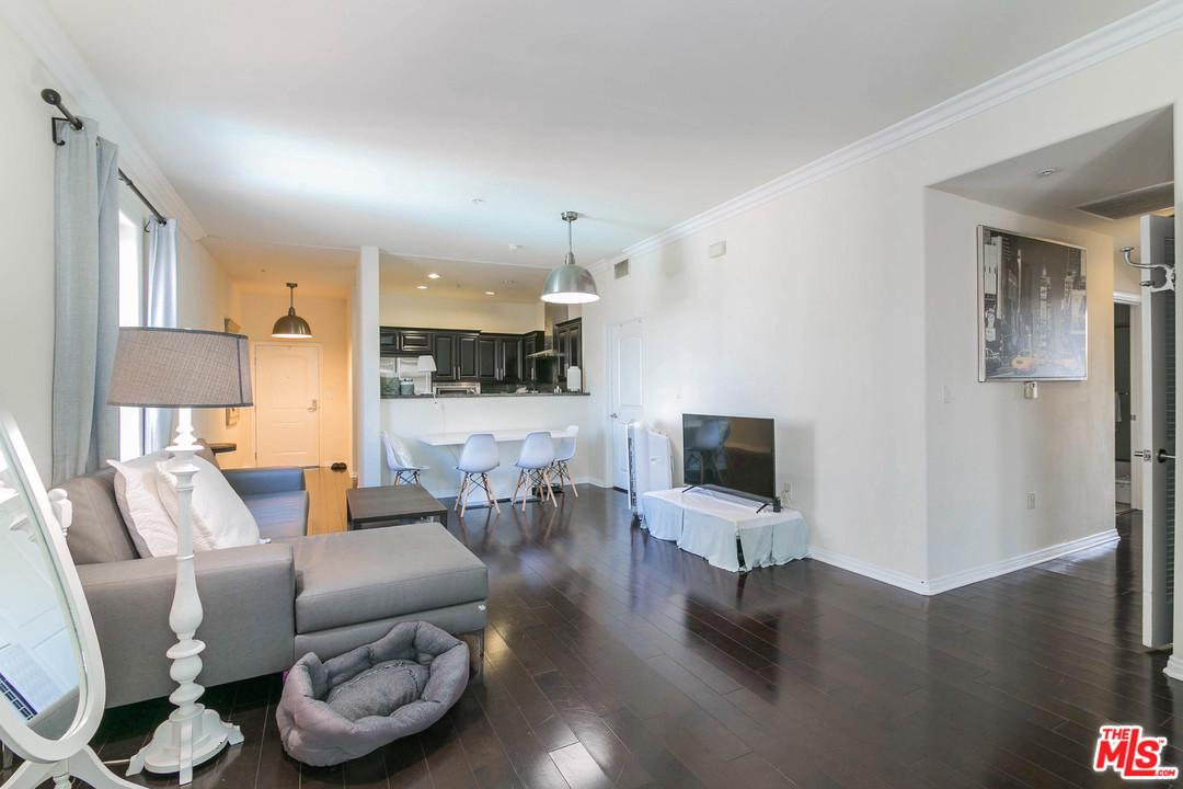 3750 SANTA ROSALIA, Los Angeles (City), CA 90008