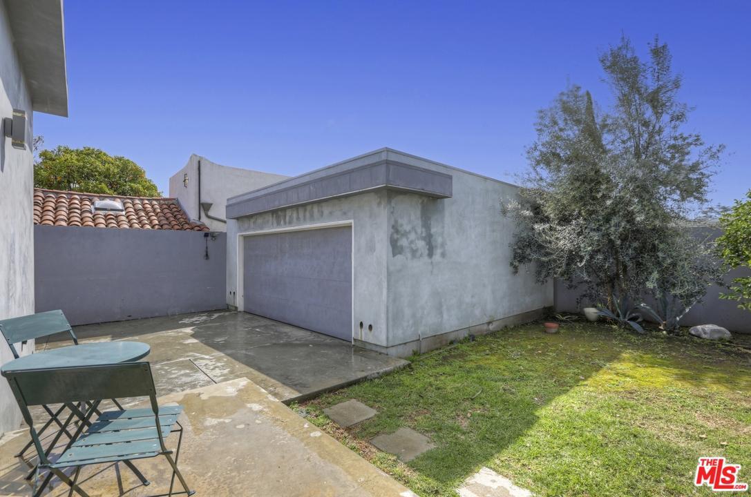 2489 WESTGATE, Los Angeles (City), CA 90064