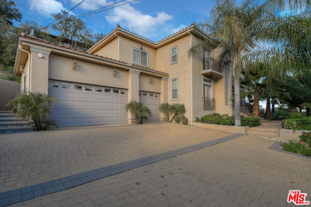 23941 HOMEZELL, West Hills, CA 91304