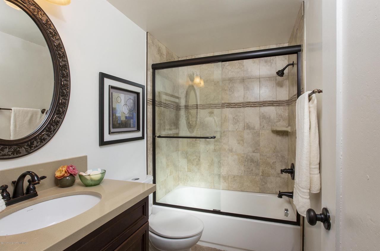 2784 FLEUR, San Marino, CA 91108 - off bath