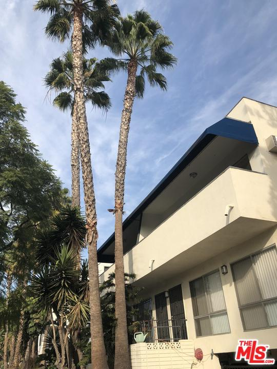 Photo of 1016 N CURSON AVE, West Hollywood, CA 90046