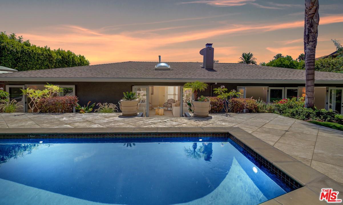 9235 ROBIN, Los Angeles (City), CA 90069